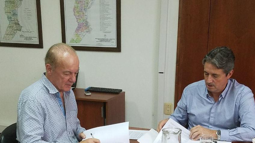 El Intendente concretó las gestiones de más de  $4.700.000 pesos para el Enripiada del Frigorífico